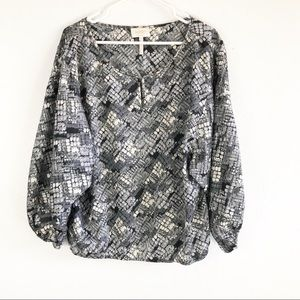 Laundry By Shelli Segel Black Gray Printed Blouse